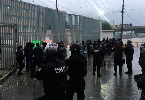 Fueron trasladados 461 hombres y 40 mujeres a penales en Ramos Arizpe, Coahuila y Morelos.FOTO: ESPECIAL