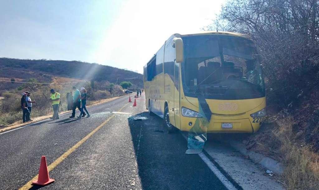Los lesionados fueron trasladados al Hospital General de Acatlán de Osorio. Foto: Especial