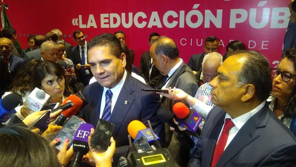 Los gobernadores señalaron que se debe trabajar en conjunto con la federación. FOTO: ESPECIAL