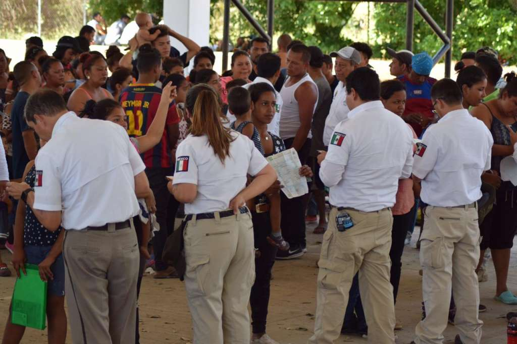 El INM continúa con el registro para visas humanitarias entre los miembros de las tres caravanas que ya estaban en Tapachula. Foto: Especial