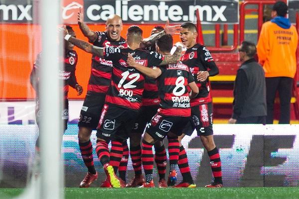 Atlas sufrió dos expulsiones en el segundo tiempo. Foto: Mexsport