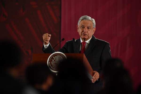 AMLO semostró optimista por el rescate de la petrolera e invitó a los empresarios a invertir en Pemex. Foto: Pablo Salazar