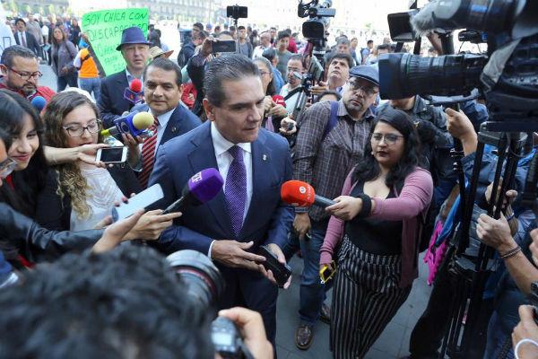 El michoacano le reiteró a López Obrador el compromiso de su gobierno. Foto: Especial