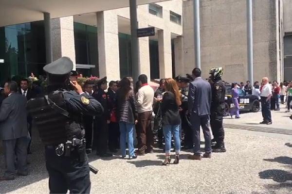 Desalojan edificio de oficinas en San Jerónimo por presunta amenaza de bomba