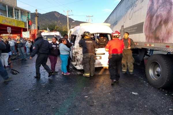 Las autoridades solicitaron a los automovilistas tomar precauciones si van a circular por la zona. Foto:@Caasi201