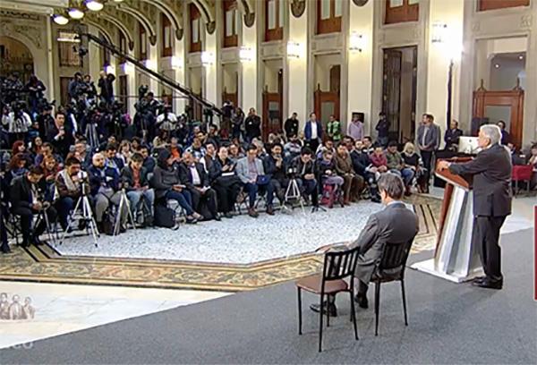 Durante su conferencia de prensa matutina, elpresidente invitó a los integrantes de la CNTE al diálogo con su gobierno.