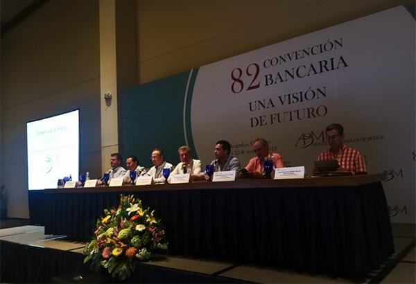 Marcos Martínez Gavica comentó que la relación de la banca con los poderes Ejecutivo y Legislativo va por buen camino