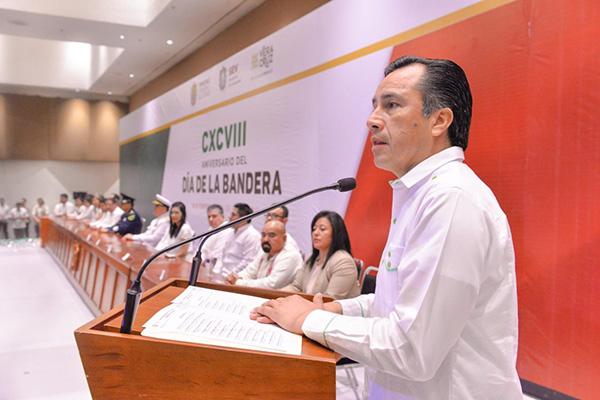 El gobernador de Veracruz, Cuitláhuac García Jiménez, en evento oficial. FOTO: NOTIMEX