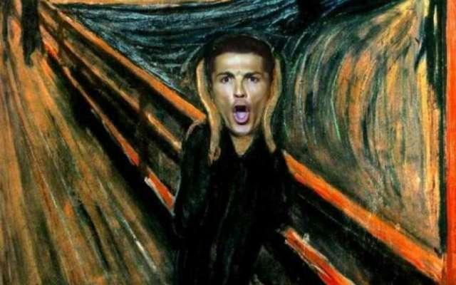 Hasta el popular futbolista portugués, Cristiano Ronaldo, ha sido colocado gritando al centro la pintura. Foto: Especial