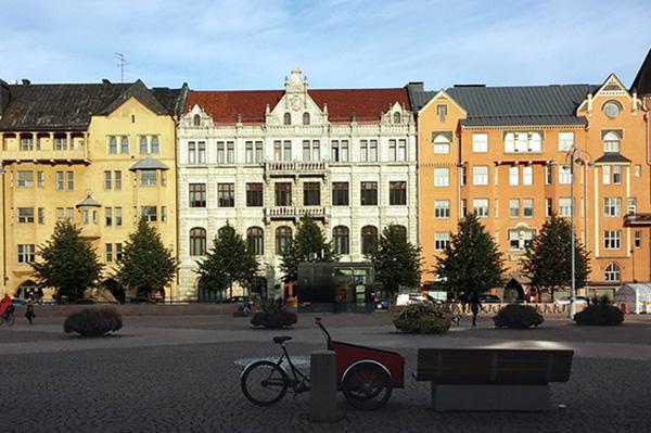 Los finlandeses gozan de menor brecha salarial, entre hombres y mujeres, de la mejor educación primaria y buena calidad del aire. Foto: Pixabay