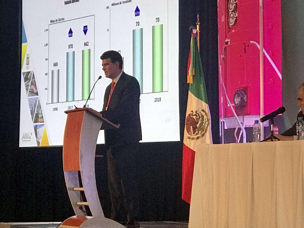El ingeniero Erich Wetzel, Director General de Ferrovalle presentó el programa de inversiones para 2019, por un total de 189.2 millones de pesos. Foto: Especial