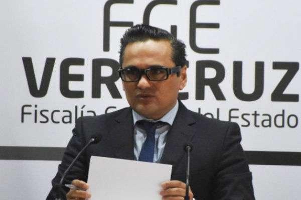 Se actuó en contra de seis probables homicidas, dos probables feminicidas, tres probables secuestradores, dos ex mandos y dos elementos de la SSP. Foto: @FGE_Veracruz