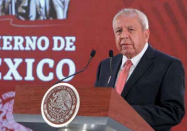 APURO. Francisco Garduño señala a la pasada administración. Foto: Especial