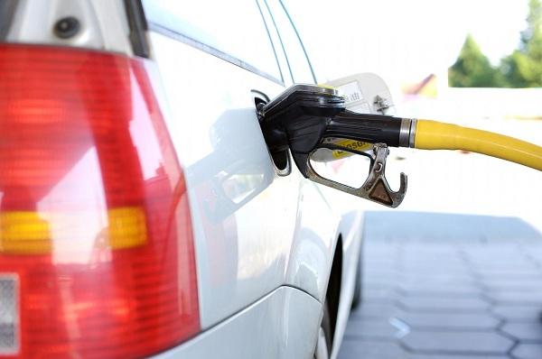La Comisión Reguladora de Energía (CRE) ha creado dos aplicaciones para ayudar al consumidor a mejorar su consumo de combustibles.