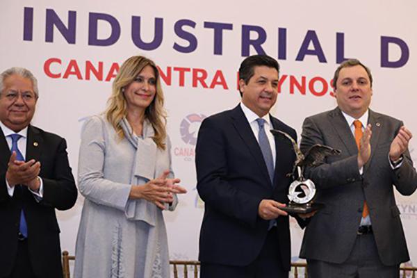Anunció además que pronto convocará a los sectores productivos del país, para que junto con el Gobierno de Tamaulipas, se pacte un gran acuerdo por la productividad laboral.