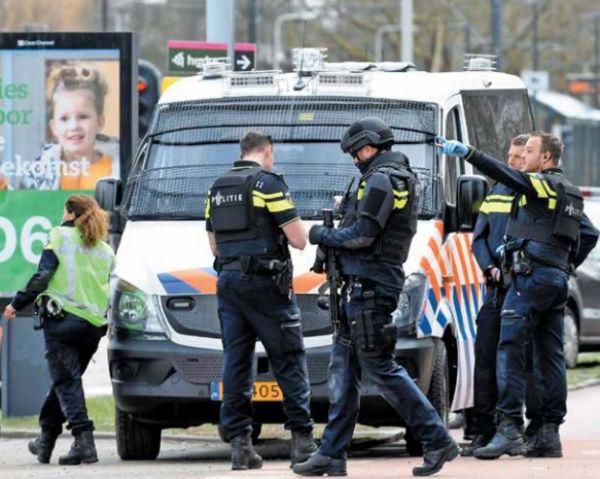 INDAGACIÓN. El incidente ocurrió en la estación 24 de Octubre. Foto: Reuters