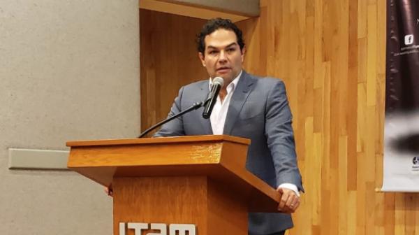 AVAL. Enrique Vargas aprobó que ahora sea grave el delito electoral. Foto: Especial
