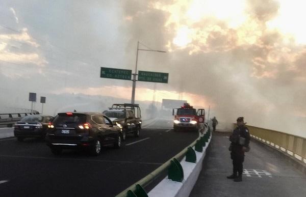 El reporte del incendio se registró a las 16:30 horas y se controló a las 19:26 horas. Foto: Especial