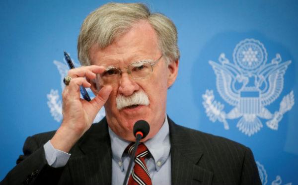 John Bolton pidió al Ejército venezolano proteger a la población. FOTO: AP