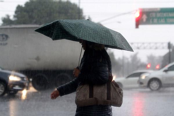 Los meteorólogos pronosticaron que en el resto del territorio nacional predominará el ambiente cálido y bajo potencial de lluvias. FOTO: NOTIMEX