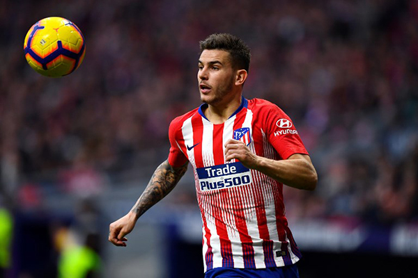 Tras el anuncio del club alemán, el Atlético también confirmó la operación, añadiendo que ofreció a Lucas Hernández la posibilidad de ampliar su contrato. FOTO: AFP
