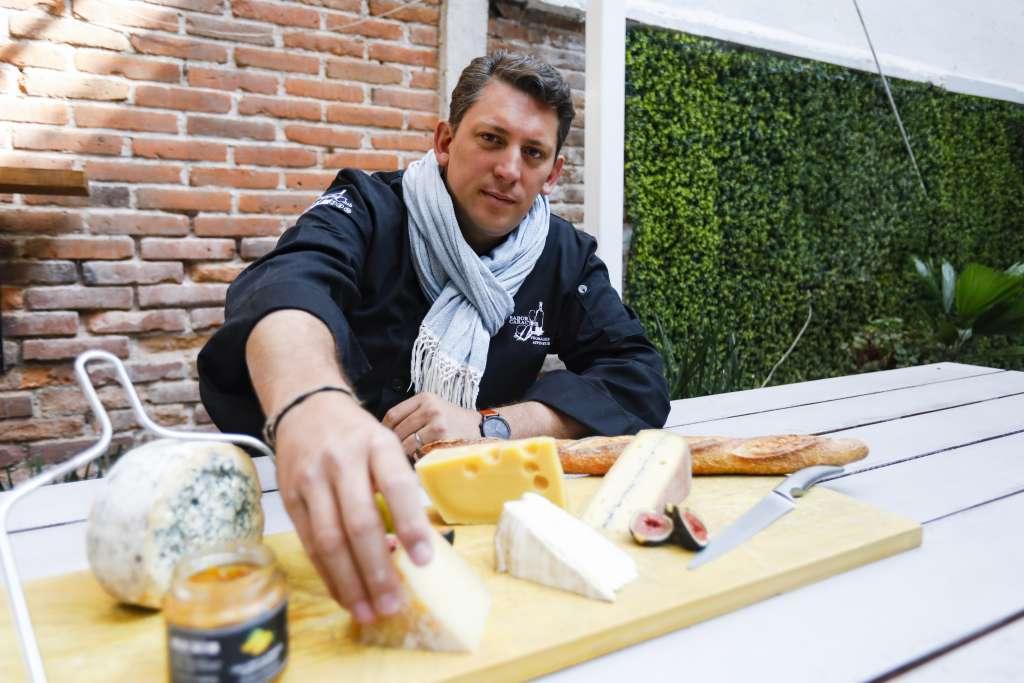 OLIVIER BERT. Asegura que la calidad de cada queso radica en lo buenos que son los productos. Fotos: Nayeli Cortés