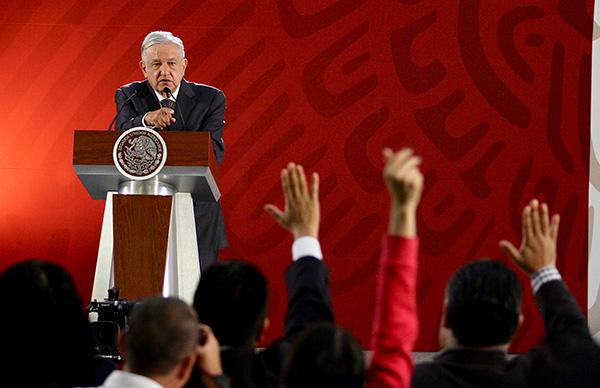 El presidente durante la Conferencia Mañanera atiende a los medios FOTO: NOTIMEX