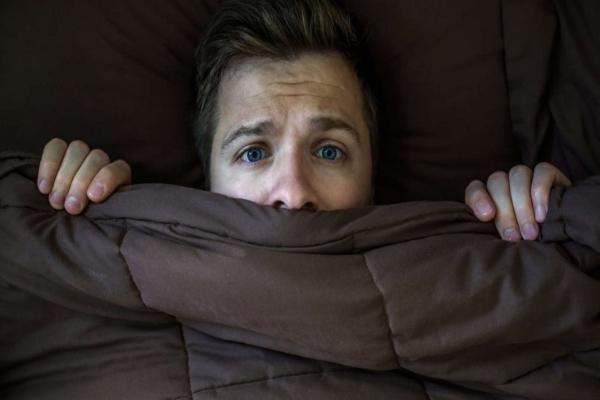 Las pesadillas también pueden ser causadas por elestrés, la ansiedad o algunos fármacos. Foto: memoryfoamtalk