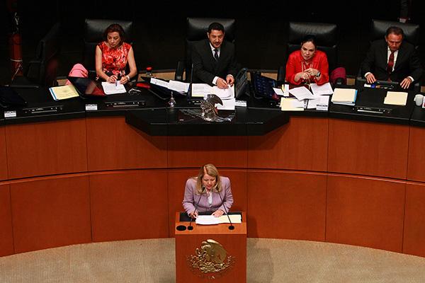 Loretta Ortiz Ahlf, propuesta en la terna para ocupar el cargo de ministro de la Suprema Corte de Justicia de la Nación, compareció esta tarde en el Senado de la República. FOTO: NOTIMEX