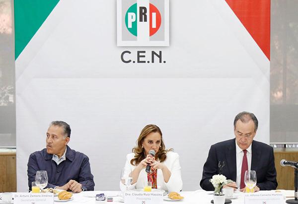 Claudia Ruiz Massieu, presidenta del PRI. FOTO: TWITTER