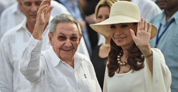 En el encuentro el líder cubano y la expresidenta argentina abordaron