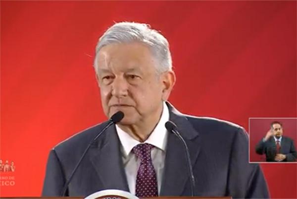 El Presidente celebró que el Senado haya elegido a Yasmín Esquivel, esposa de José María Riobóo, como nueva ministra de la Suprema Corte de Justicia de la Nación (SCJN).