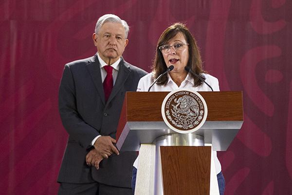 Durante la conferencia matutina del presidente López Obrador, la secretaria de Energía, Rocío Nahle, informó que desde enero iniciaron los trabajos de mantenimiento en las seis refinerías que existen en el país. FOTO: NOTIMEX