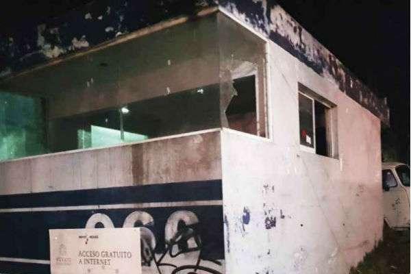 ABANDONO. Muchos módulos de vigilancia policial se encuentran desolados. Foto: Especial