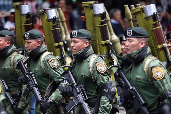 vg_desfile_militar19
