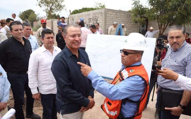 El gobernador Ordaz Coppel señaló que realizar estas obras es hacerle justicia social a los miles de habitantes, que enfrentan estos problemas de contaminación y salud pública