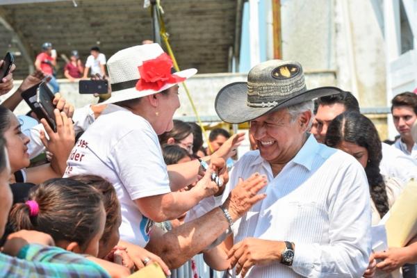 El mandatario anunció que se pondrá en marcha un operativo militar para proteger la selva de Campeche de la explotación. Foto: @lopezobrador_