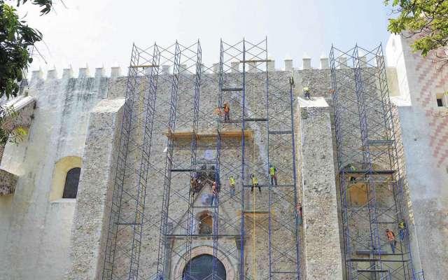 RESCATE. Tanto la torre-campanario como la cúpula han sido recuperadas. Foto: Cortesía
