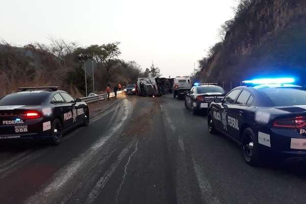 El accidente ocurrió en el kilómetro 159 con dirección a Guerrero. Foto: @PF_Carreteras