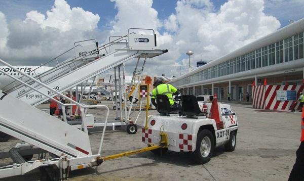 Hasta el momento Servicios Aéreos a la Navegación en el Espacio Aéreo Mexicano (Seneam), dependiente de la SCT, no ha rendido un informe acerca de las fallas. Foto: Mauricio Conde