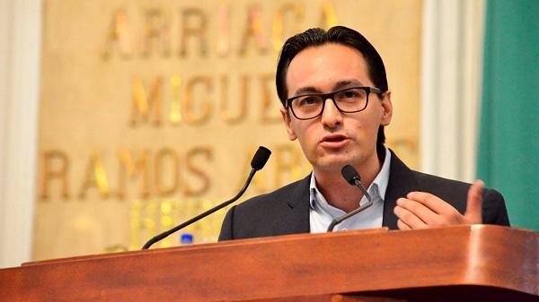 El líder del PAN CDMX dijo que la postura de la administración capitalina sólo demuestra, una vez más las divisiones que existen al interior de Morena. Foto: Especial