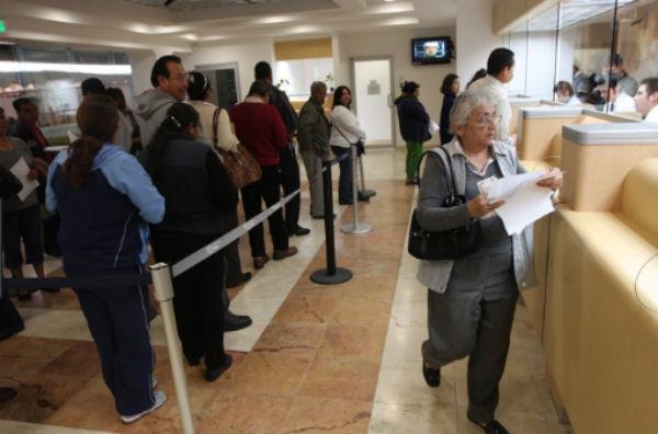 Este primero de mayo, los  bancos permanecerán cerrados.  FOTO: ESPECIAL
