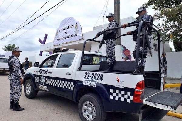 Familiares de desaparecidos acusan a los exuniformados de cometer los delitos durante el operativo