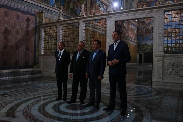 De acuerdo con el productor artístico y director del proyecto Antonio Berumen, el mayor reto fue la impresión de los murales pintados por Miguel Ángel. Foto: Especial