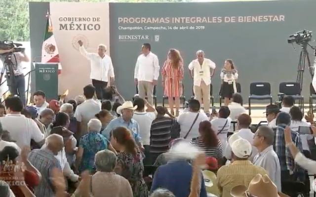López Obrador aseguró que secumplirá con lo ofrecido desde la campaña electoral. Foto: Especial