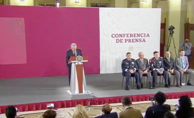 Obra de Aeropuerto de Santa Lucía iniciará en junio y concluirá en el 2021: AMLO
