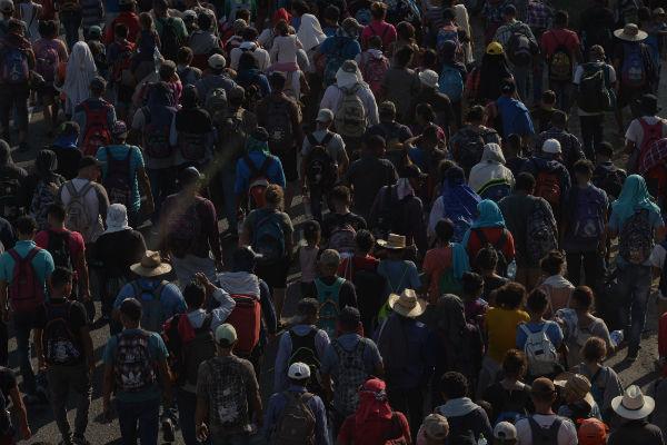 La caravana, integrada por más de 3 mil centroamericanos y cubanos. Foto: Cuartoscuro