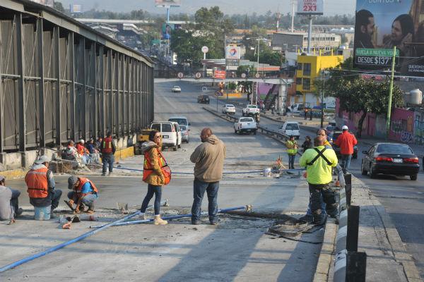 Reabren tramo de Circuito Interior, a la altura de Peñón de los Baños, lado Oriente; se analiza cerrar el lado opuesto al intervenido, entre jueves y viernes. Foto: Cuartoscuro