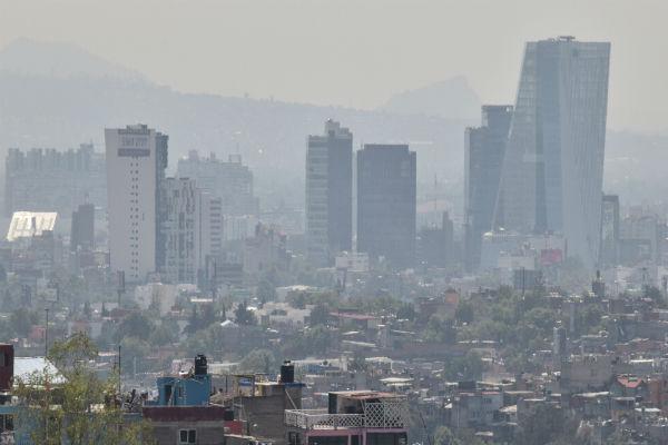 En la mayor parte del Valle de México se registran índices altos de ozono, lo que provoca una mala calidad del aire con un máximo de 143 puntos. Foto: Cuartoscuro