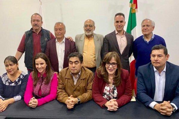 Armenta fue precandidato de Morena junto con Nancy de la Sierra y Miguel Barbosa, actual abanderado. Foto: @yeidkcol